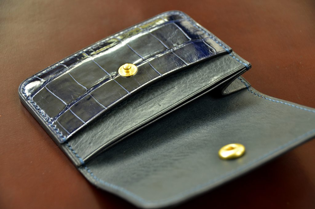 Irish Blue Glazed Alligator Snap Wallet
